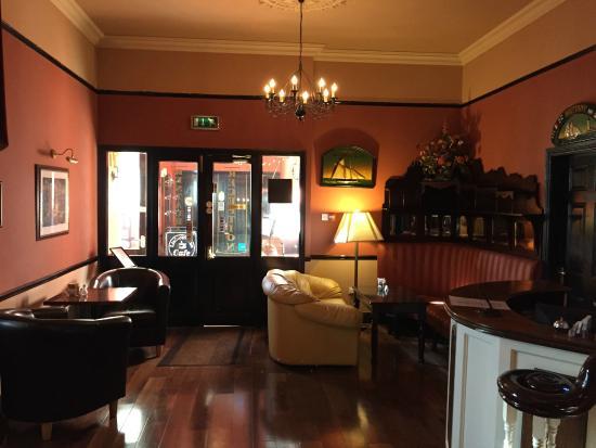 Entrada a Royal Spa Hotel en Lisdoonvarna
