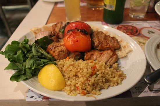 Savvas Roof Garden - Souvlaki & Kebab: medallion of pork