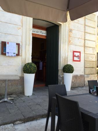 Piazza Del Popolo Bar