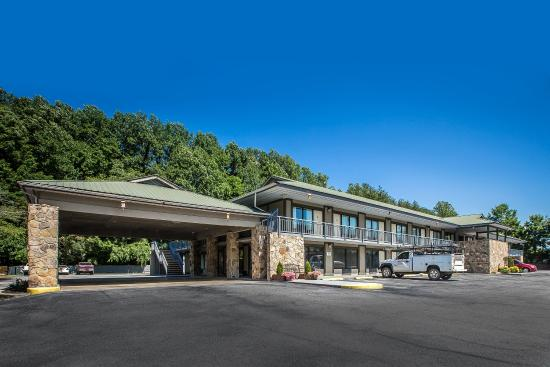 Photo of Quality Inn & Suites Mt. Chalet Clayton