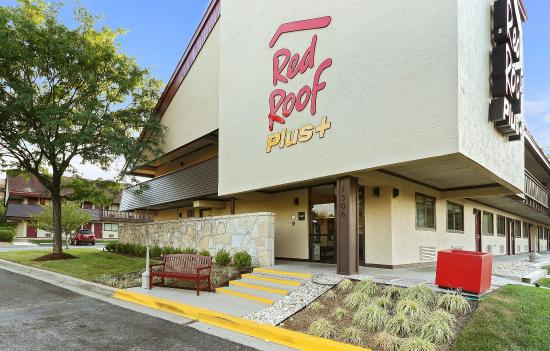 Red Roof PLUS+ Baltimore - Washington DC/BW Parkway: Exterior
