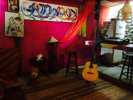 The Secret Sanctuary Boutique Cottage: The Secret Sanctuary