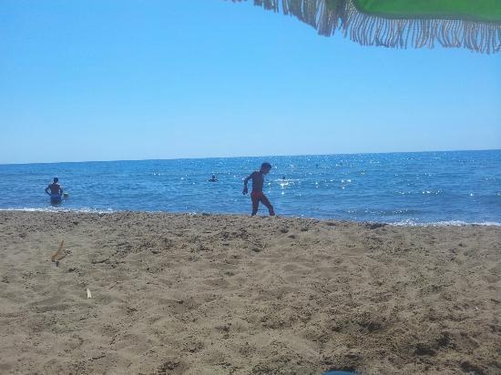 Kakovatos, Yunanistan: Super παραλία