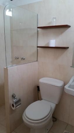 Hotel San Martin: baño