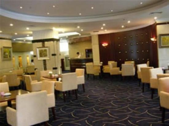 Chanel Palace Hotel: lobby