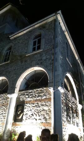 Nessebar Free Tour: one of the churches in Nesebar