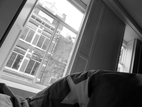 Kien Bed & Breakfast Studio's: vista dalla camera da letto