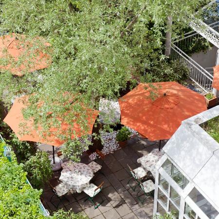 Asam Stadthotel: Garten / Innenhof