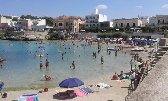Spiaggia cittadina a santa maria al bagno foto di - Lido santa maria al bagno ...