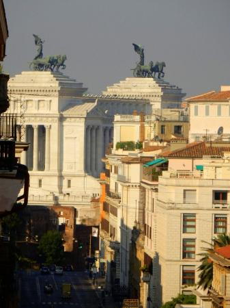 Hotel Artemide: View showing how close the landmarks of Rome are