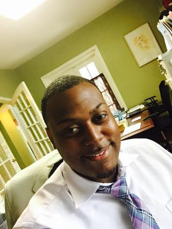 Hampton Inn Alpharetta/Roswell : My recent experience at this hotel was amazing!  The Front Desk Agent, Marlon was helpful with h