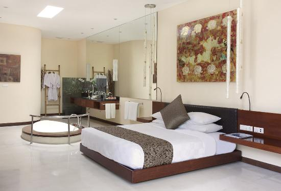 The Elysian: Bedroom at Two Bedroom Villa