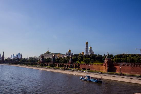 Bolshoi Moskvoretskiy Bridge