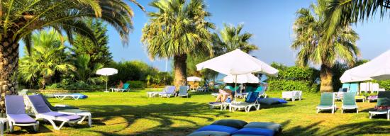 Ephesia Resort Hotel: Exterior