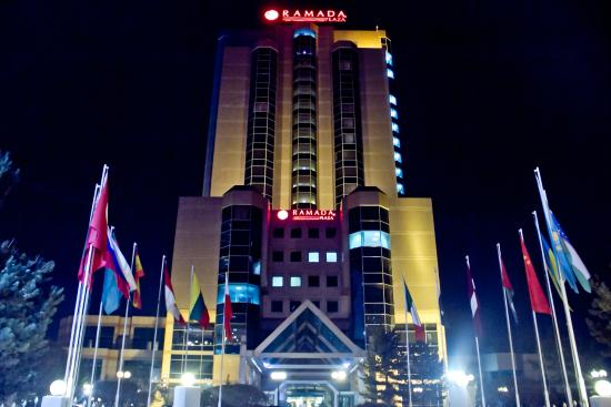 Ramada Plaza Astana : Night time view