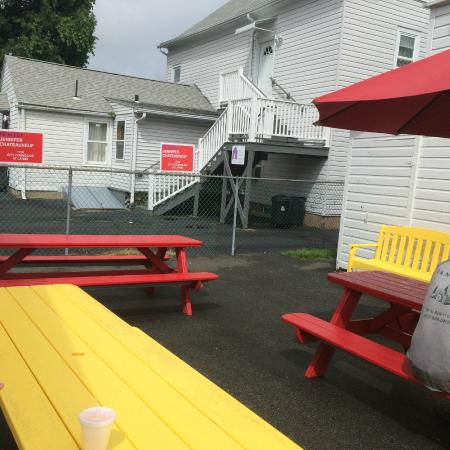 Nick's Nest: Complimentary benches for outside seating, no Wait Service.