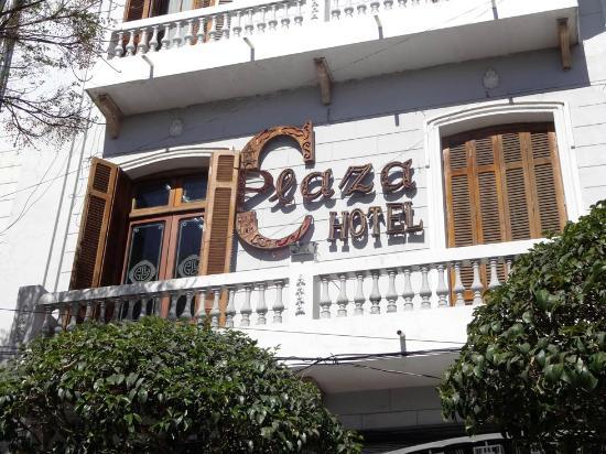 Restaurant La Plaza : Plaza Restaurant and Hotel