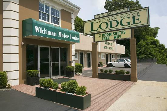 Whitman motor lodge updated 2017 motel reviews price for Whitman motor lodge huntington station ny 11746