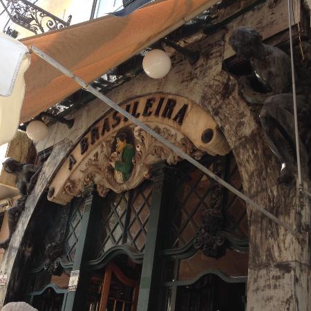 Cafe A Brasileira: Entrada para o café