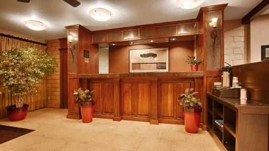 Best Western Orchard Inn: Lobby