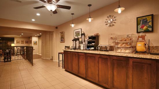 BEST WESTERN Orchard Inn: Breakfast Area