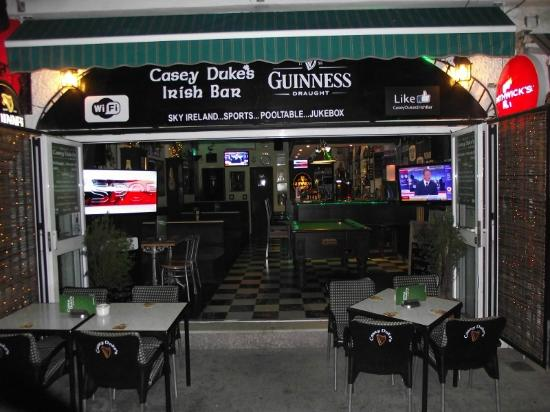 ‪Casey Duke's Irish Bar‬