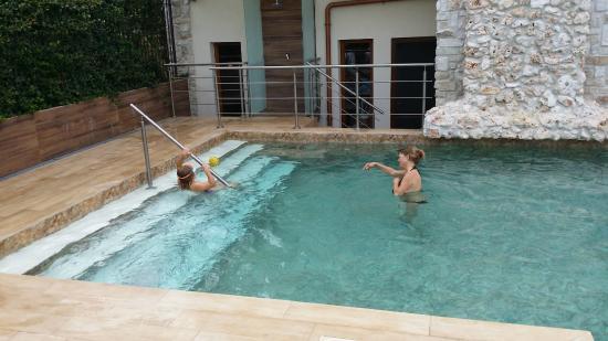 Basen foto di hotel villa clementina scafati tripadvisor for De martino arredamenti scafati