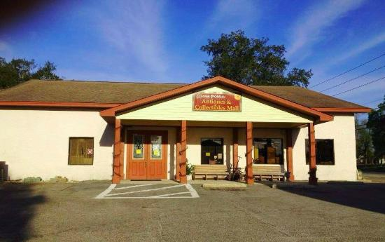 Milton, FL: Almost 10,000 square feet of treasure hunting!