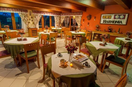 Salão de Café (147154410)