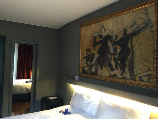 Hotel Limmatblick: Room is nice cr: Apichai Tienvilairat