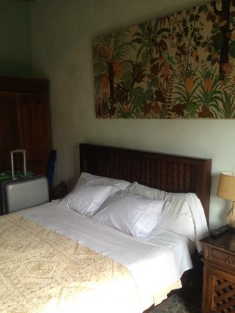 Vara de Rey Guest House: Camera con bagno in comune