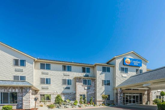 Comfort Inn and Suites Kent: Exterior