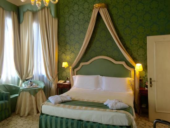UNA Hotel Venezia: Room1