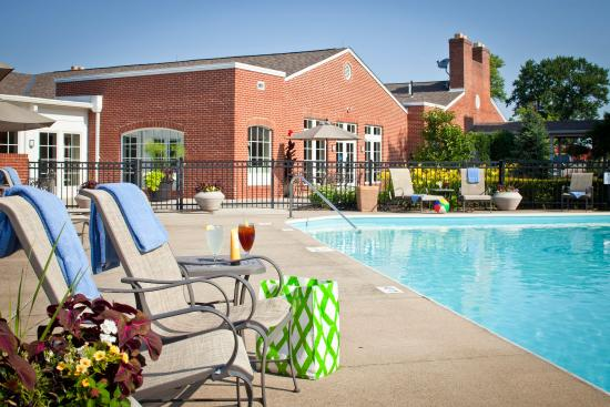 Nationwide Hotel and Conference Center: Relax in our outdoor and indoor pools