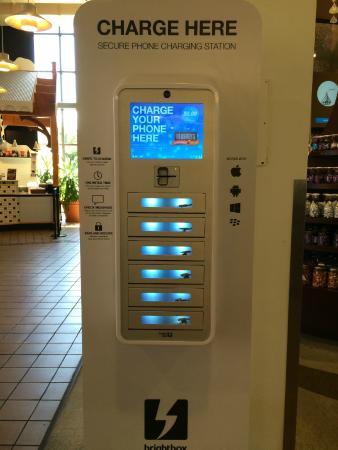 Hershey S Chocolate World Phone Charging Station