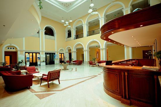 Coral Port Sudan Hotel : Lobby