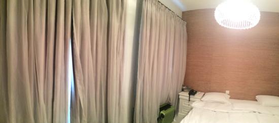 โรงแรมลุช ทักซิม: Basic Deluxe Room