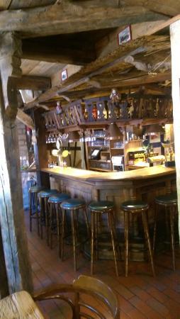 Bergen, Deutschland: die Bar