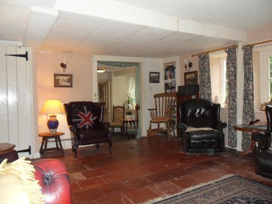 The Stag Hunters Hotel: lounge