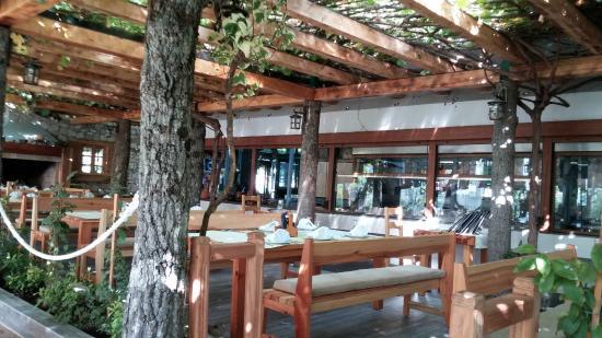 Nacionalni Restoran Mercur: зал Меркура