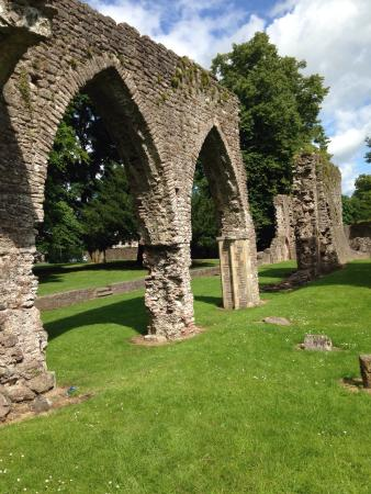 Armagh, UK: We had a lovely time exploring around the Friary. There is quite a lot remaining. Beware of brok