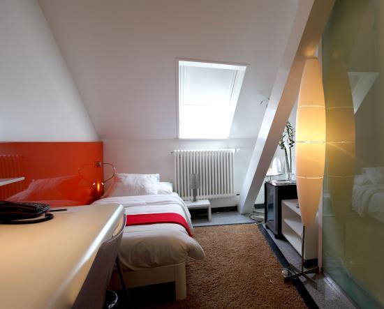 ديزاين هوتل إف 6: A single bed design room SUP