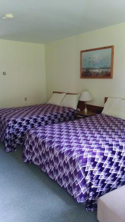 Bridgetown, Canadá: double beds room