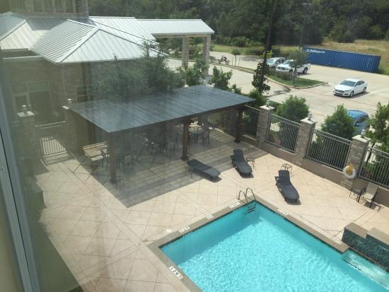 Hilton Garden Inn Denton: Pool Cabana