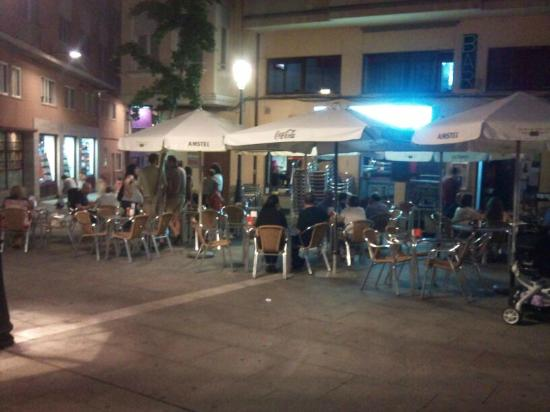 terraza el jard n de noche fotograf a de bar restaurante
