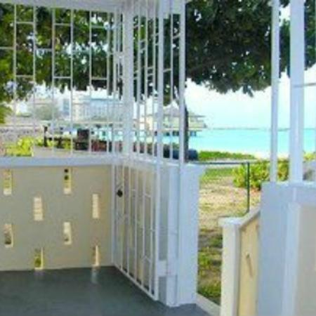 Saint Michael Parish, บาร์เบโดส: Beach Cottage Verandah