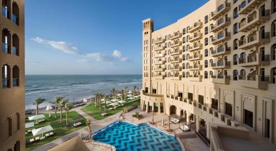 Bahi Ajman Palace Hotel