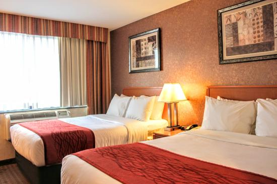 Bellerose Inn: Deluxe Double Bed Room