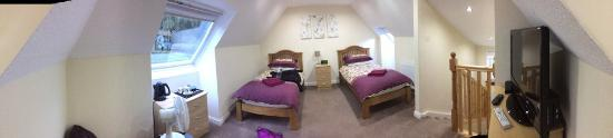 Kinlochleven, UK: room in attic, very nice and bright