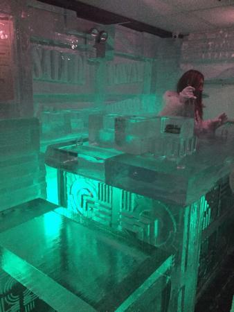 Drinkhouse Fire And Ice Bar Photo0 Jpg